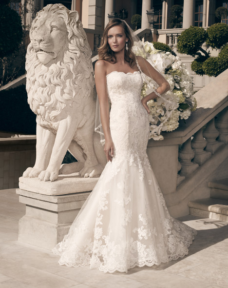 2163 gown from the 2014 Casablanca Bridal collection, as seen on Bride.Canada