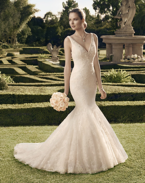 2165 gown from the 2014 Casablanca Bridal collection, as seen on Bride.Canada