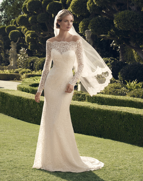 2169 gown from the 2014 Casablanca Bridal collection, as seen on Bride.Canada