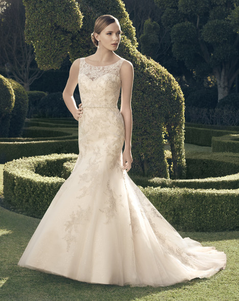 2171 gown from the 2014 Casablanca Bridal collection, as seen on Bride.Canada