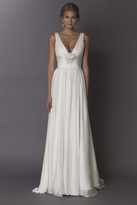 Chloe gown from the 2015 Alyne collection, as seen on Bride.Canada