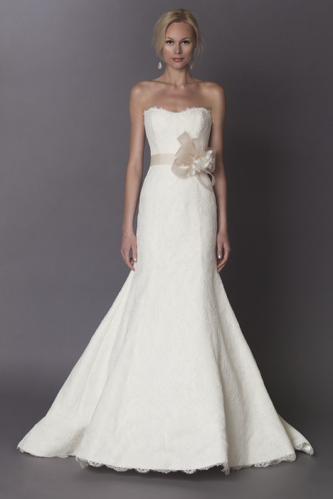 Louise gown from the 2015 Alyne collection, as seen on Bride.Canada