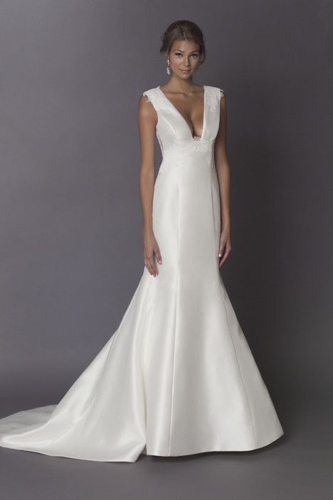Celine gown from the 2015 Alyne collection, as seen on Bride.Canada