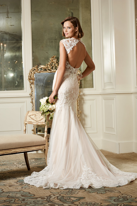 Julienne gown from the 2014 Wtoo Brides collection, as seen on Bride.Canada