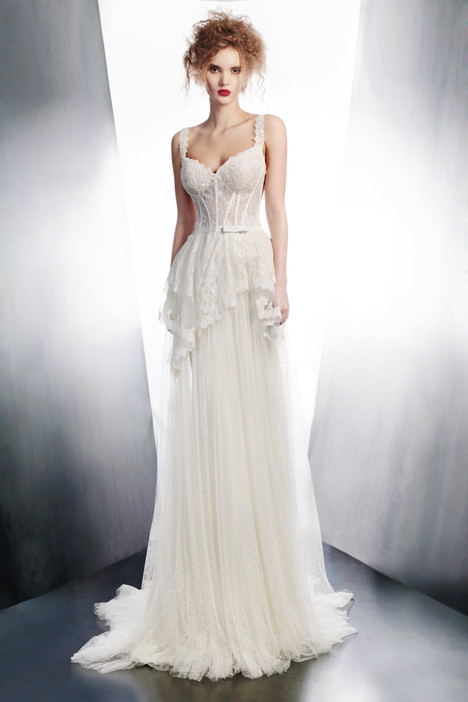 4160 gown from the 2015 Gemy Maalouf collection, as seen on Bride.Canada