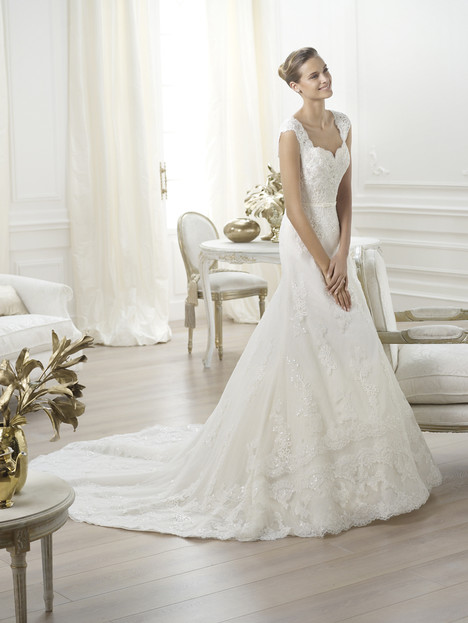 Lencie gown from the 2014 Pronovias collection, as seen on Bride.Canada