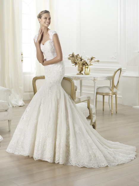 Letha gown from the 2014 Pronovias collection, as seen on Bride.Canada