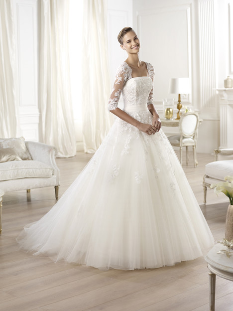 Ocanto gown from the 2014 Pronovias collection, as seen on Bride.Canada