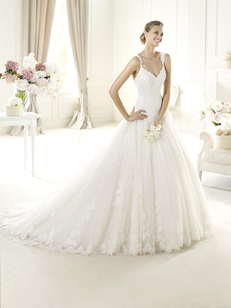 Uri gown from the 2014 Pronovias collection, as seen on Bride.Canada