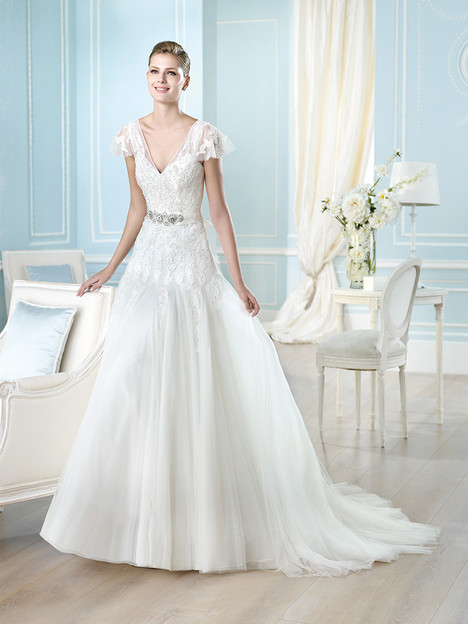 Haldis gown from the 2014 St. Patrick collection, as seen on Bride.Canada