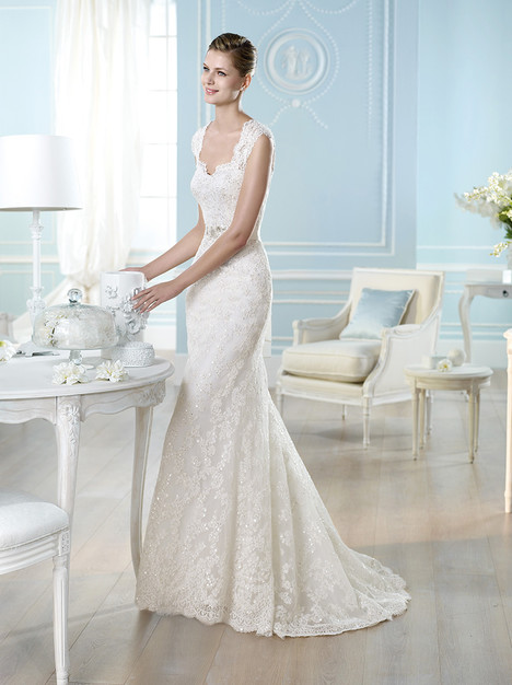 Haliza gown from the 2014 St. Patrick collection, as seen on Bride.Canada