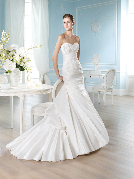 Haller gown from the 2014 St. Patrick collection, as seen on Bride.Canada