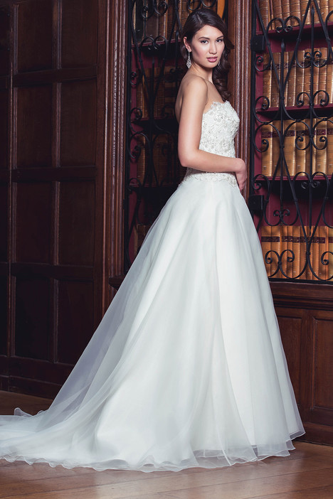 Emma gown from the 2014 Augusta Jones collection, as seen on Bride.Canada