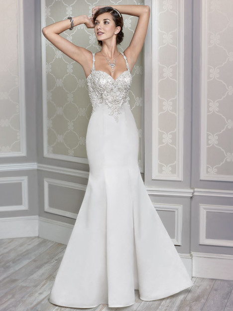 1607 gown from the 2015 Kenneth Winston collection, as seen on Bride.Canada