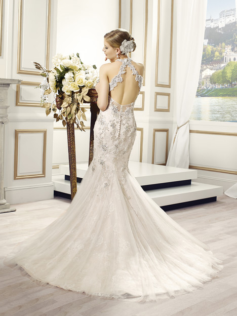 Anja (2) gown from the 2015 Val Stefani collection, as seen on Bride.Canada