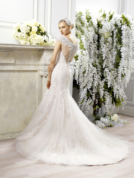 H1275 (back) gown from the 2015 Moonlight : Couture collection, as seen on Bride.Canada