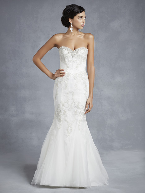 BT15-23 gown from the 2015 Enzoani Beautiful Bridal collection, as seen on Bride.Canada