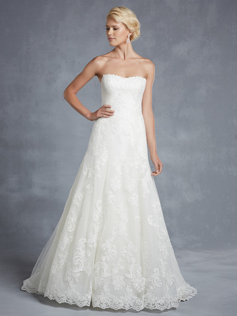 Hamilton gown from the 2015 Blue by Enzoani collection, as seen on Bride.Canada