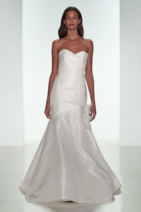 Emme gown from the 2015 Amsale Nouvelle collection, as seen on Bride.Canada