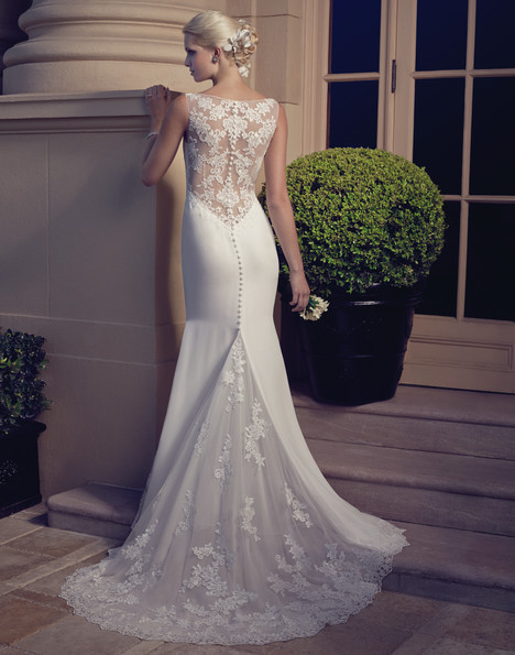 2186 (back) gown from the 2015 Casablanca Bridal collection, as seen on Bride.Canada
