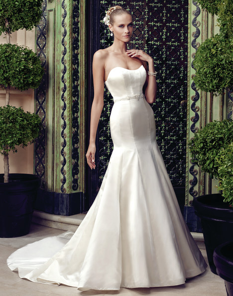 2187 gown from the 2015 Casablanca Bridal collection, as seen on Bride.Canada