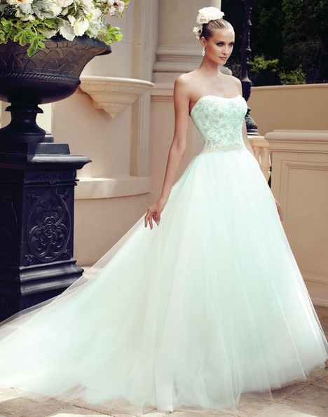 2188 gown from the 2015 Casablanca Bridal collection, as seen on Bride.Canada