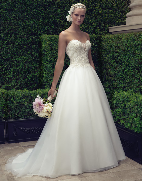 2191 gown from the 2015 Casablanca Bridal collection, as seen on Bride.Canada