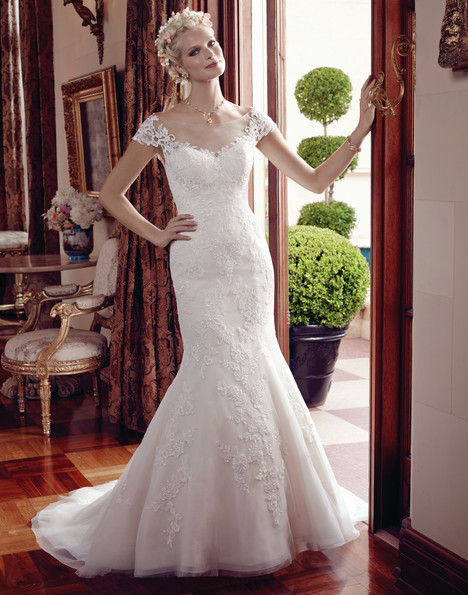 2192 gown from the 2015 Casablanca Bridal collection, as seen on Bride.Canada