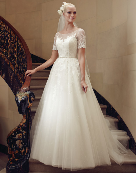 2194 gown from the 2015 Casablanca Bridal collection, as seen on Bride.Canada