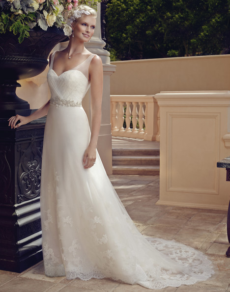 2196 gown from the 2015 Casablanca Bridal collection, as seen on Bride.Canada