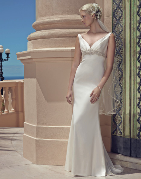2200 gown from the 2015 Casablanca Bridal collection, as seen on Bride.Canada