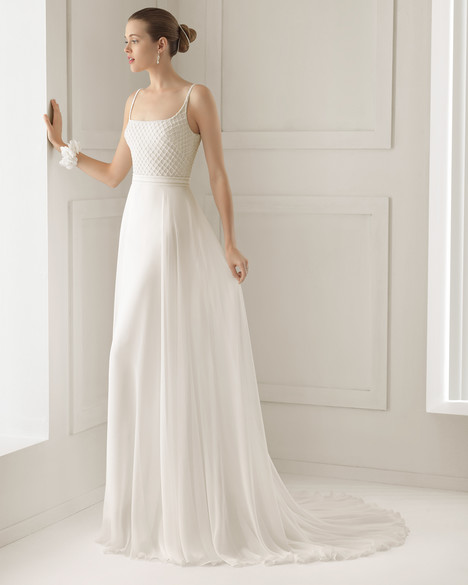 Sigma gown from the 2015 Rosa Clara Couture collection, as seen on Bride.Canada