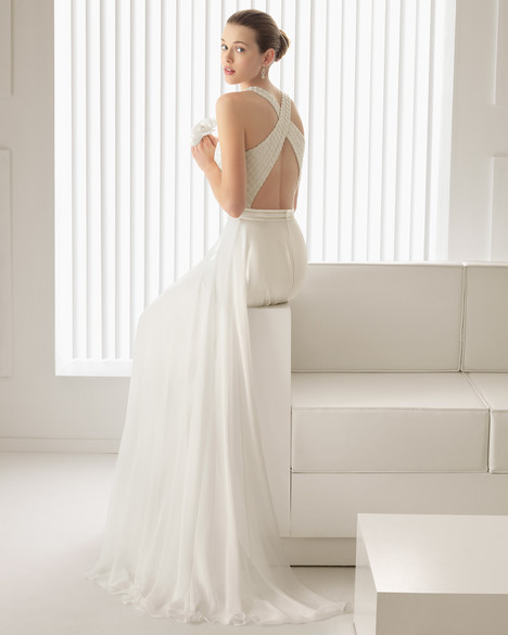 Siena (back) gown from the 2015 Rosa Clara Couture collection, as seen on Bride.Canada
