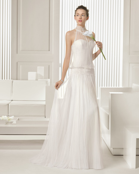 Sauca gown from the 2015 Rosa Clara Couture collection, as seen on Bride.Canada