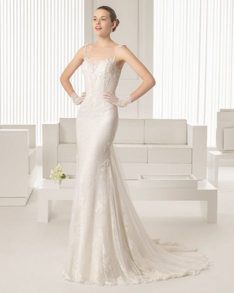 Silvia gown from the 2015 Rosa Clara Couture collection, as seen on Bride.Canada
