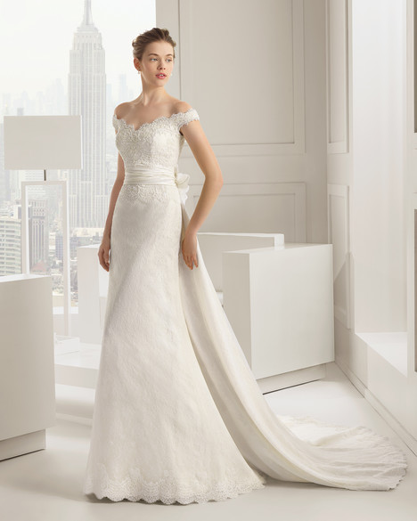 Salsa gown from the 2015 Rosa Clara Couture collection, as seen on Bride.Canada