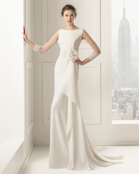 Saeta gown from the 2015 Rosa Clara Couture collection, as seen on Bride.Canada