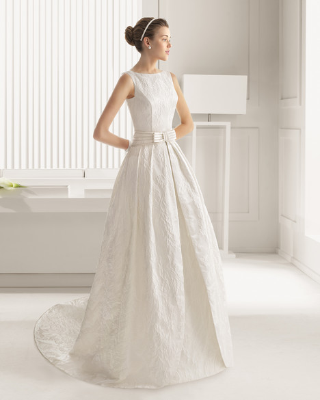 Casual (2) gown from the 2015 Rosa Clara Couture collection, as seen on Bride.Canada