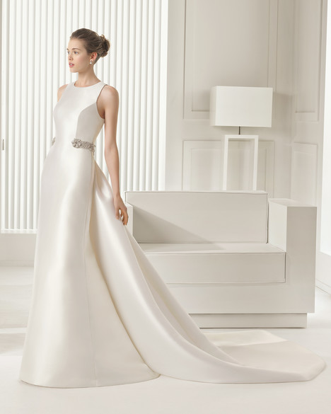 Sara gown from the 2015 Rosa Clara Couture collection, as seen on Bride.Canada