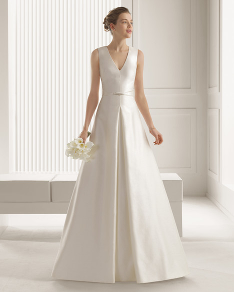 Sari gown from the 2015 Rosa Clara Couture collection, as seen on Bride.Canada
