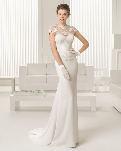 Sabine gown from the 2015 Rosa Clara Couture collection, as seen on Bride.Canada