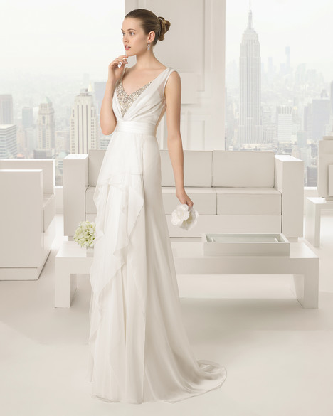 Sofia gown from the 2015 Rosa Clara Couture collection, as seen on Bride.Canada