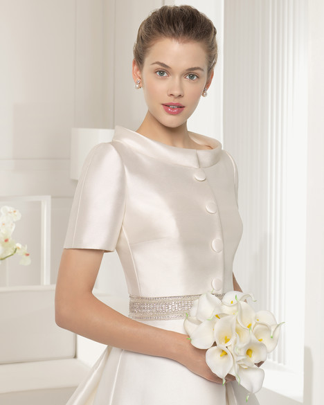 Seneca + Jacket gown from the 2015 Rosa Clara Couture collection, as seen on Bride.Canada