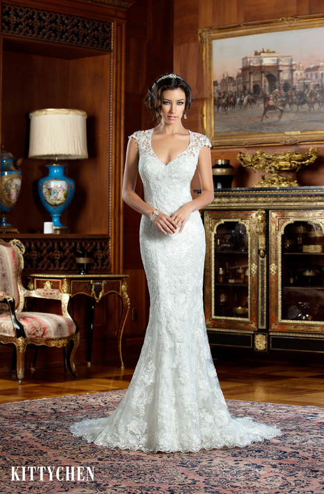 Alia gown from the 2015 KittyChen collection, as seen on Bride.Canada