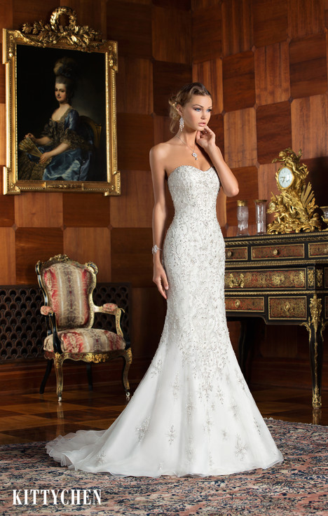 Natasha gown from the 2015 KittyChen collection, as seen on Bride.Canada