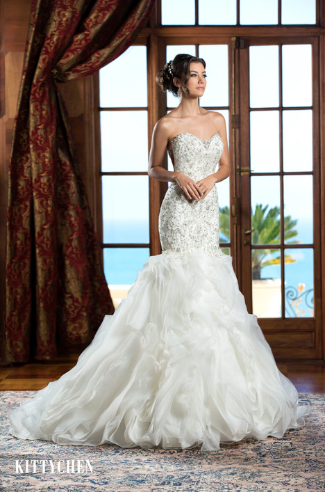 Sterling gown from the 2015 KittyChen collection, as seen on Bride.Canada