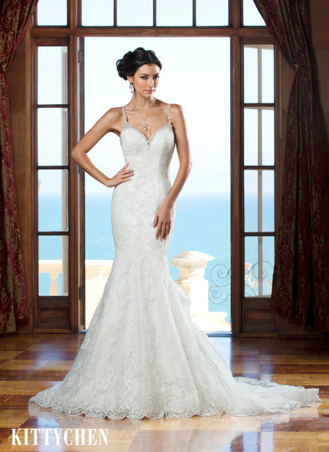 Tiana gown from the 2015 KittyChen collection, as seen on Bride.Canada