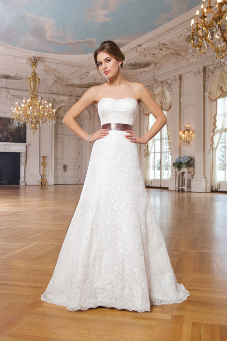 6342 gown from the 2015 Lillian West collection, as seen on Bride.Canada