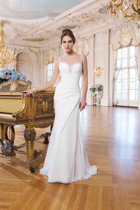 6343 gown from the 2015 Lillian West collection, as seen on Bride.Canada