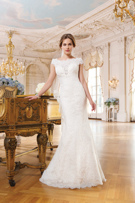 6345 gown from the 2015 Lillian West collection, as seen on Bride.Canada